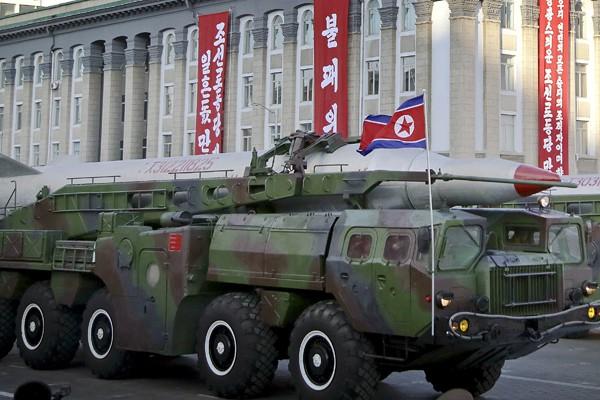CNN報導指出,美國官員發現北韓的移動發射台上出現了搭載過彈道飛彈的跡象。(資料照/美聯社)