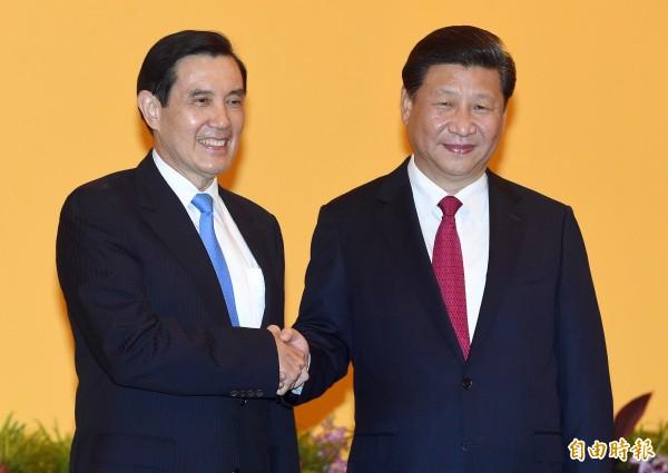 被問到將來是否會幫中國現任領導人習近平(圖右)立碑?林坤明說,如果習能對台灣好,為何不能稱讚他?(資料照,記者廖振輝攝)