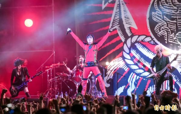 Freddy將3月在大港開唱扮演死侍的服裝拍賣,所得將捐給台灣親子共學教育促進會。(資料照,記者王文麟攝)