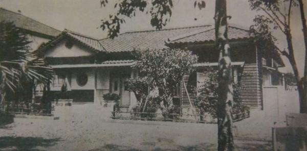 興建於日治時期濟南教會的牧師館。(記者陳鈺馥翻攝)
