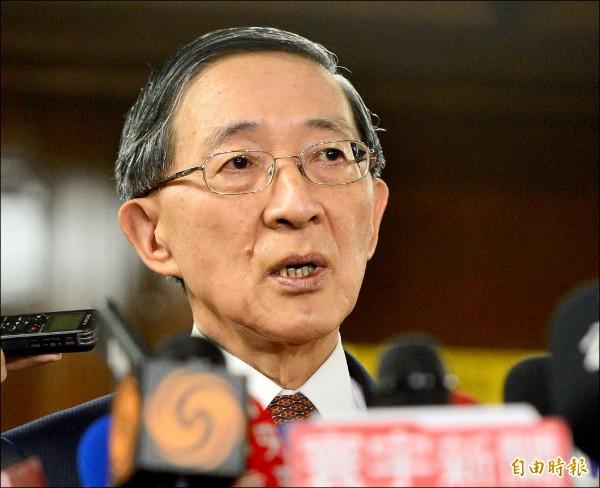 沖之鳥爭議,外交部長林永樂昨召見日本駐台代表沼田幹夫,表達強烈抗議,結束後林永樂回應記者會面內容。(記者王藝菘攝)