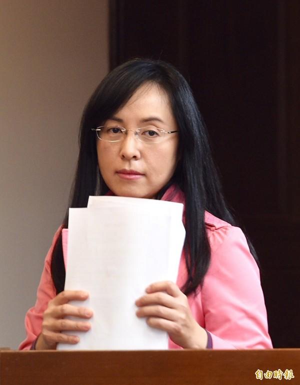 年金改革不利且債台高築,陳瑩批評馬政府的經濟成績單是「死當」。(資料照,記者羅沛德攝)