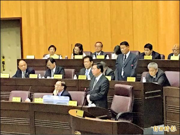 市長鄭文燦說,他會先禮後兵、多跟中央溝通,並會大聲向中央爭取合理統籌分配款。(記者邱奕統攝)
