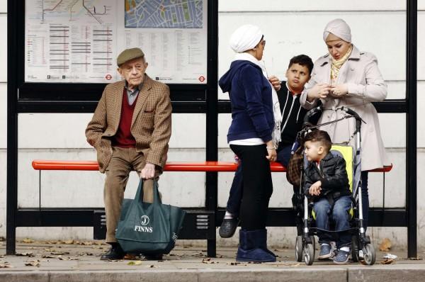 「下流老人」指的是雖有財產,但因各式各樣原因被迫過著「下流」貧困生活的老人。而台灣也已邁向高齡化社會,有星座專家就指出最容易老無所依的就是雙魚座。(路透)