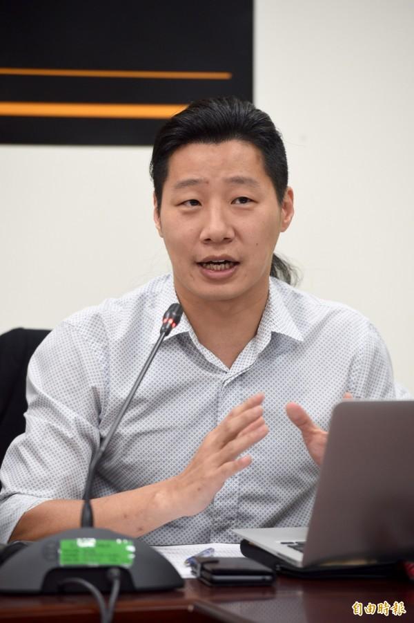 林昶佐表示,很多人會拿中華民國國旗想表達支持台灣,「整個都亂掉了」。(資料照,記者羅沛德攝)