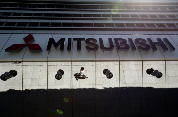 日本三菱汽車爆出油耗造假,又傳造假數據是總公司直接指示子公司竄改。(路透)