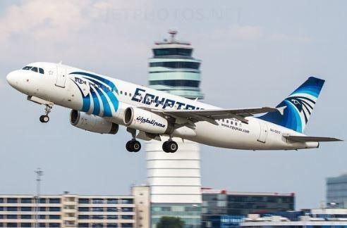 埃及軍方稍早宣稱在埃及亞歷山大港北方290公里找到客機殘骸。(圖擷取自Twitter)