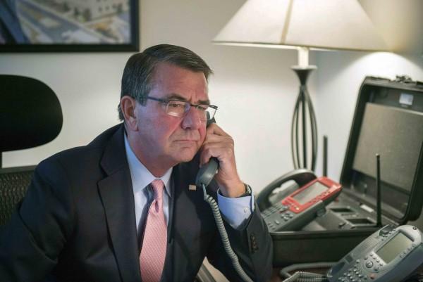 美國國防部長卡特致電日方,為加手納基地人員姦殺女子島袋里奈案致歉。(路透)