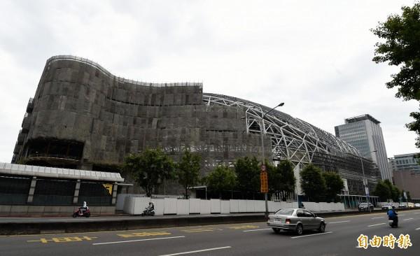 台北大巨蛋何去何從,北市府今天將向市議會報告。(資料照,記者方賓照攝)