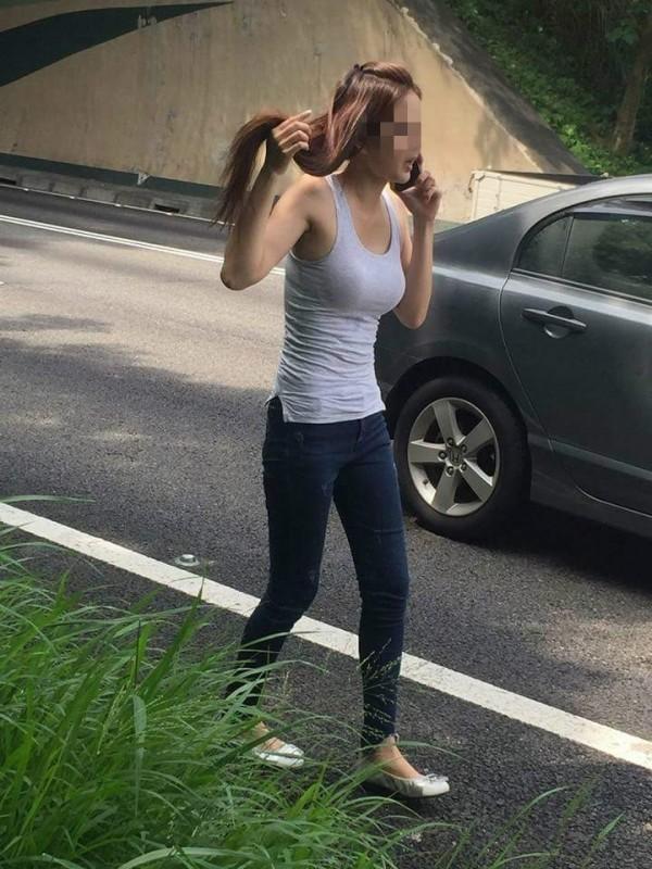 女駕駛曼妙身材讓網友沒在關心車禍。(圖擷取自臉書)