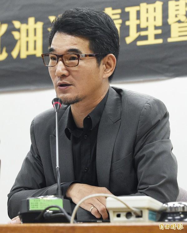 立委劉建國認為《蘋果日報》的報導已嚴重危害了他的聲譽,在今日下午5時委託律師到台北地檢署按鈴控告。(資料照,記者陳志曲攝)