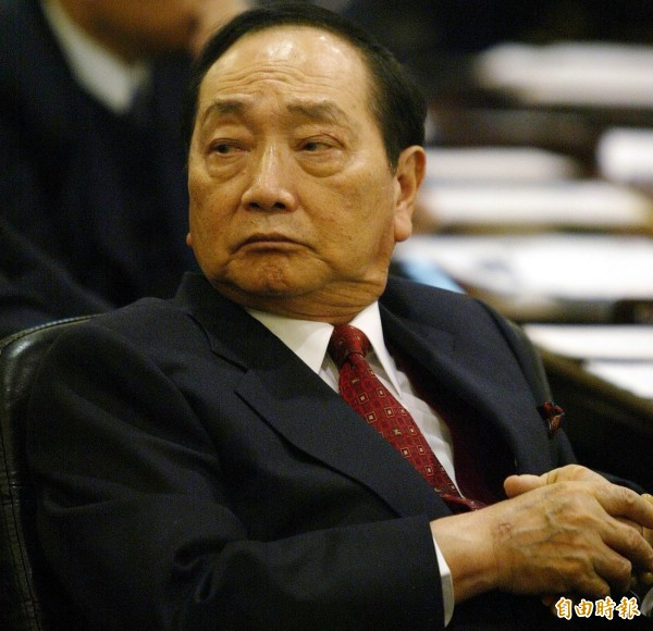 前力霸集團董事長王又曾今驚傳在美車禍身亡,結束其充滿爭議的一生,但潛逃出境的「大咖」可不只他。(資料照)