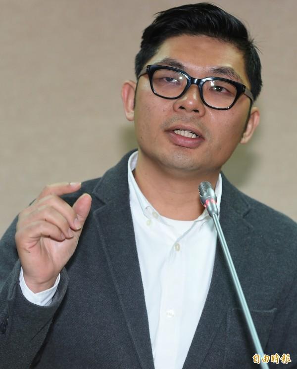 針對土耳其今傳出有52名台灣人涉及當地的詐騙案件,許毓仁今指出,據他向法務部長邱太三確認,目前台灣詐欺犯在全球有173個據點。(資料照,記者張嘉明攝)