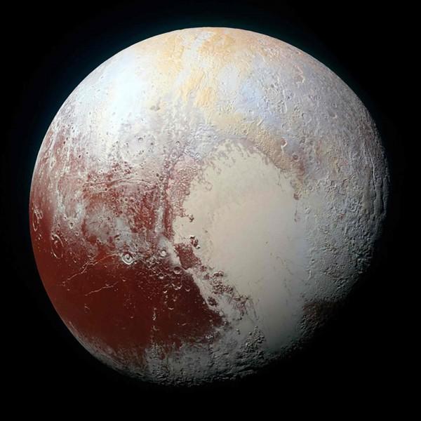 有媒體報導指出,我國國家同步輻射中心研究團隊進行實驗,全球首例成功模擬冥王星上可能存在的有機分子,並推測這可能就是地球生命的起源。(路透)