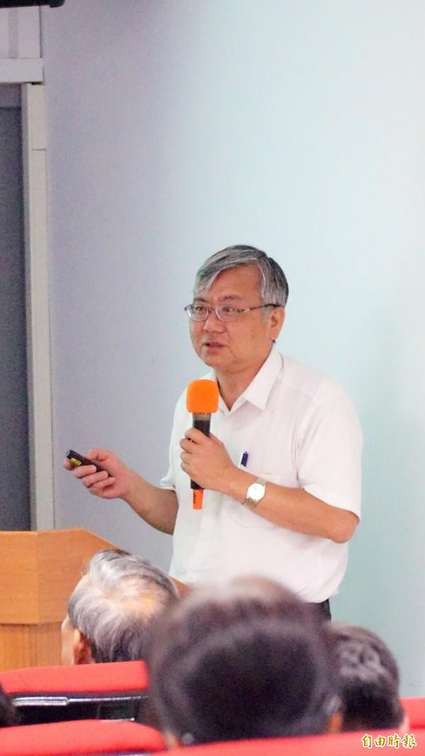 新竹地檢署檢察官陳瑞仁表示,司改會議應先從「全民開罵」做起。(記者黃欣柏攝)