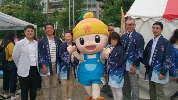 高雄一日農夫進軍日本獲青睞。(市府農業局提供)