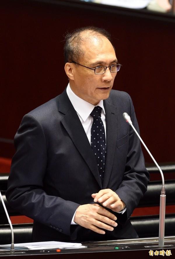 行政院長林全今天表示,中華台北背後的意思就是中華民國。(記者羅沛德攝)