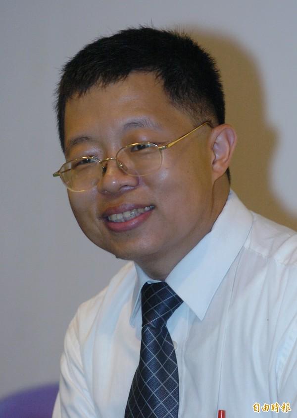 管仁健表示,洪素珠事件不是族群歧視,而是階級壓迫,要國民黨「別假仙了」。(資料照,記者廖振輝攝)