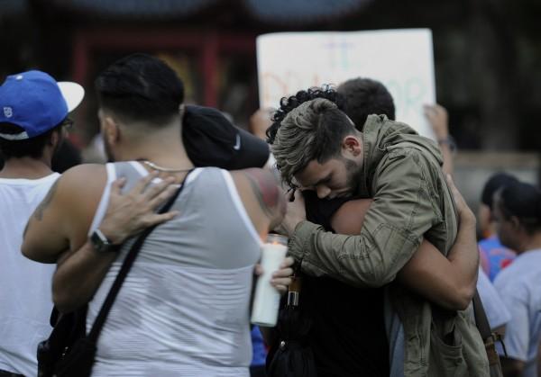 佛州槍擊案造成至少50死、53傷,震驚美國社會。(美聯社)