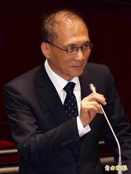 台灣指標民調公司昨公布最新民調,行政院長林全施政表現,相較五月的民調,負面評價增。(資料照,記者羅沛德攝)