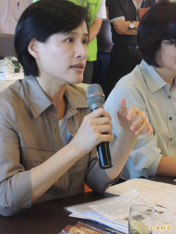 文化部長鄭麗君強調會將文資列為國家重要建設。(記者廖淑玲攝)