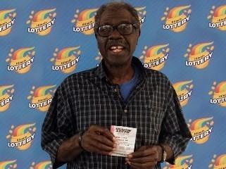 這名美國男子運氣真的好到讓人沒話說,日前他買樂透彩券不僅再度幸運得獎,且他二度獲獎竟然是使用相同的號碼!(圖擷自美國樂透網站)