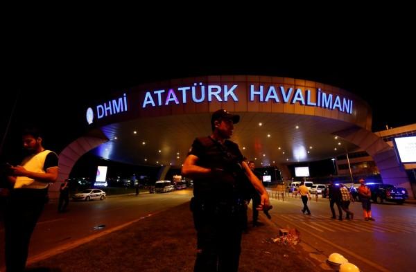 土國機場驚傳爆炸,台旅遊團千名旅客均安。(路透)
