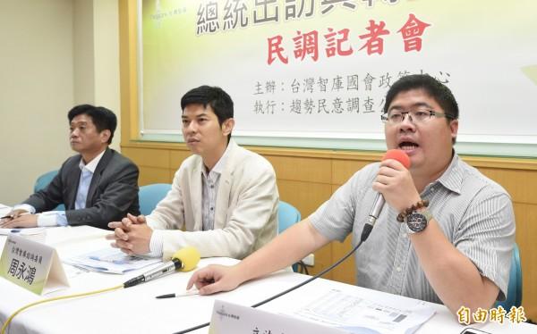 民進黨立委蔡易餘表示,台灣的飛彈掉到自己的領海,「是內政問題,跟中國道歉才是貽笑大方」。(記者羅沛德攝)