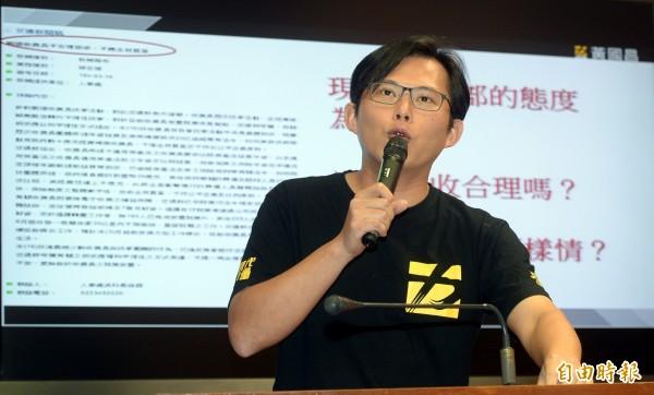黃國昌表示,時代力量願意給馮世寬機會,到目前為止,馮沒有下台的必要性。(資料照,記者林正堃攝)