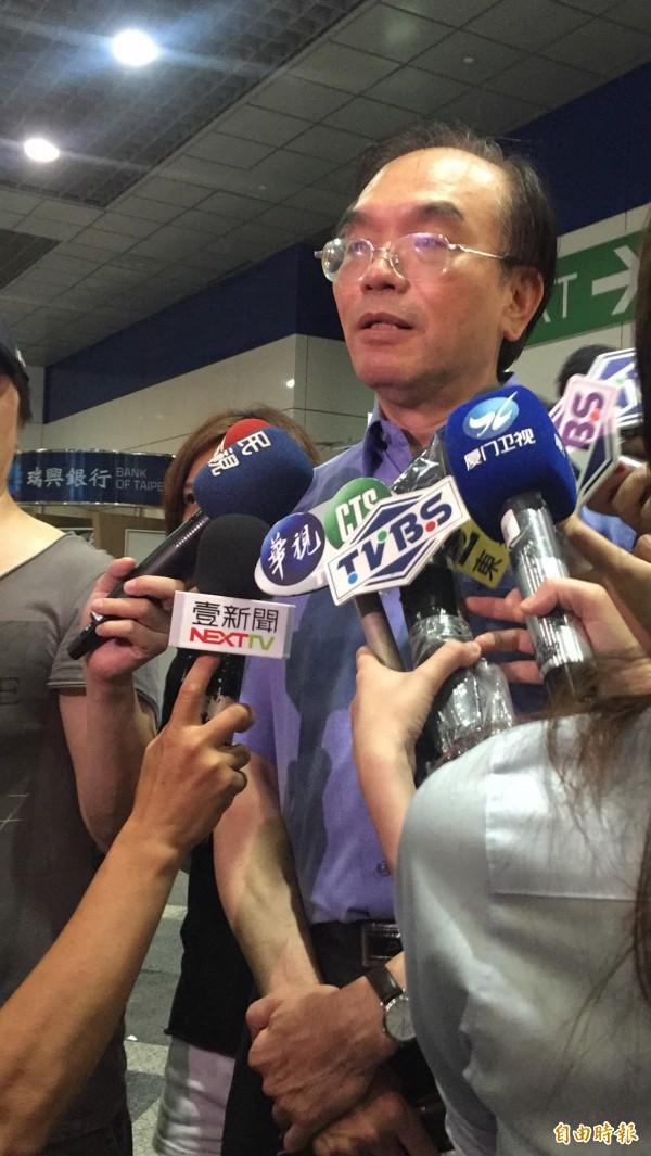 行政院國土安全辦公室副主任黃俊泰說明,此次與會的舉動並非啟動「反恐機制」,而是屬於「應變機制」。(記者陳恩惠攝)