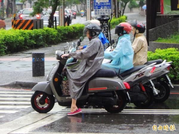 高屏雨量多處破百週三雨勢才緩和- 生活- 自由時報電子報