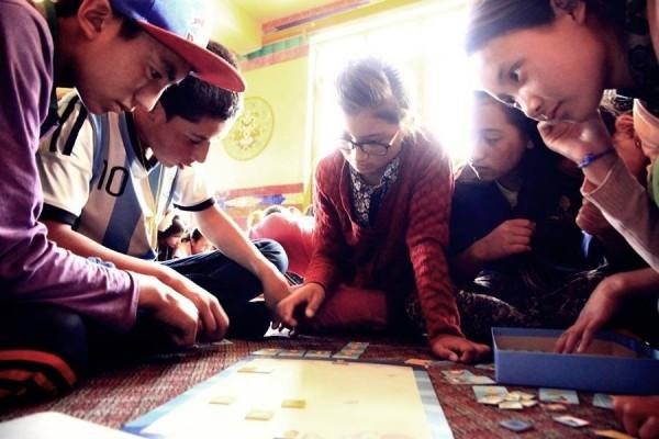 交大學生團隊「程式老爹」開發桌上遊戲《海霸》。(程式老爹團隊提供)