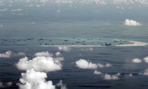 南海仲裁案結果出爐,裁決中國「九段線」在國際法之下沒有效力,沒有法律根據。(美聯社)
