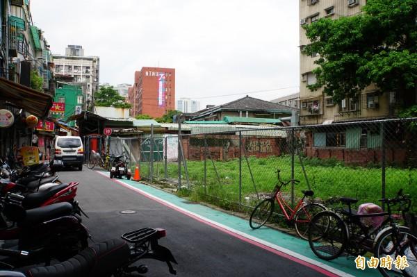 台大狹巷蓋旅館,里長表示,居民應實質參與。(記者張凱翔攝)