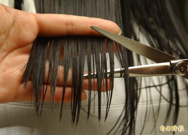 22歲的林姓髮型設計師和13歲洗頭小妹嘿咻,新北地院因此判處林男有期徒刑3年4月,可上訴。示意圖。(資料照)