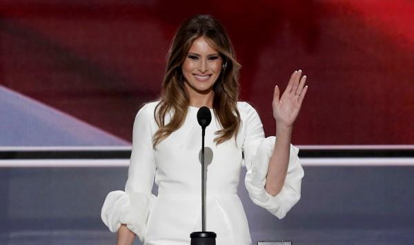 川普妻子梅蘭妮亞今日首度發表大型政治演說,結果內容被爆抄襲美國第一夫人蜜雪兒。(路透)