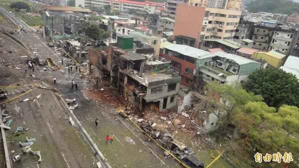新北市五股區新興堂香舖5年前發生大爆炸,造成4死38傷,李姓駕駛恰巧開車經過現場遭炸傷。(資料照,記者吳仁捷攝)