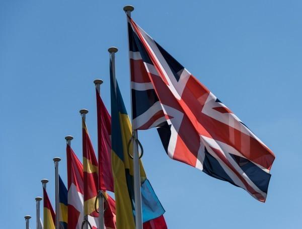 英國政府律師今(19)日在高等法院首度表態,英國今年不會啟動《里斯本條約》第50條,意指英國今年不會向歐盟正式啟動脫歐程序。(歐新社)