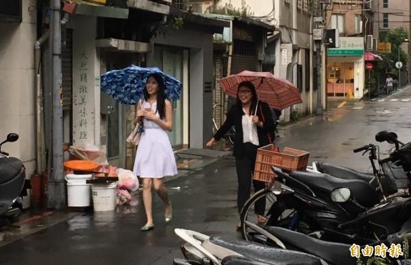 午後大雨,雙北進入淹水警戒。(記者楊綿傑攝)