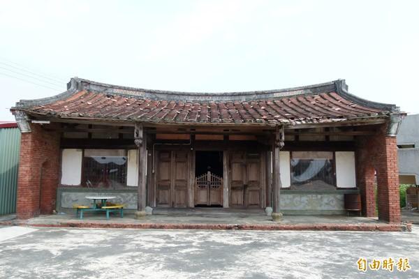圖為嘉義縣歷史建築羅氏宗祠為傳統一條龍建築。(資料照,記者蔡宗勳攝)