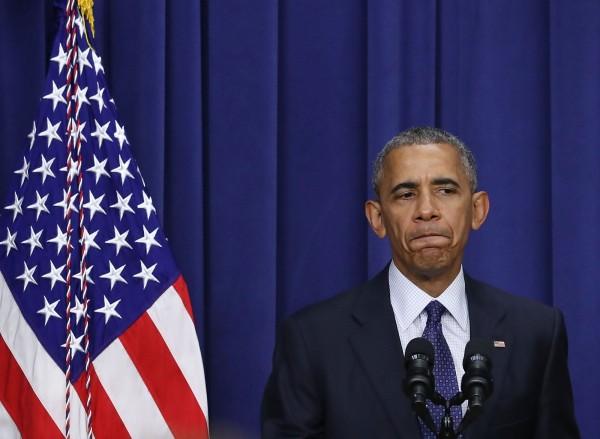 歐巴馬在白宮發出聲明,強調美國將盡一切可能支持親密盟友。(法新社)