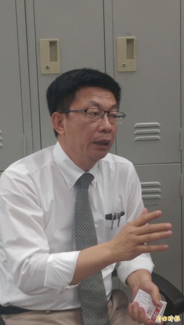 郭國文認為,提高罰鍰可能會讓中小企業負擔不起,但支持調高上限。(資料照,記者黃邦平攝)