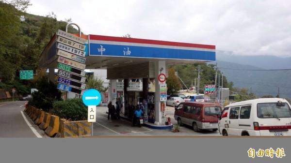 過去1年全國違反《勞基法》件數最多的竟是有公股的台灣中油。(資料照,記者張慧雯攝)