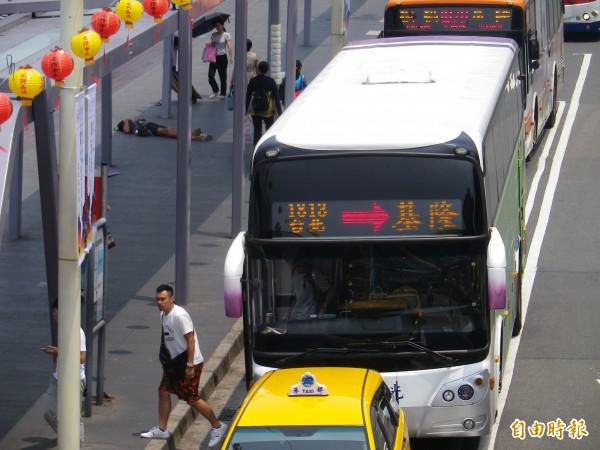 國光西站即將拆除,基隆台北線10月中改停北車東3門。(記者盧賢秀攝)