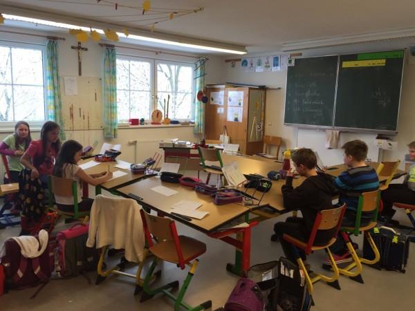 政大教授鄭同僚今年赴奧地利考察小校教育,小校本身就有存在的價值。(圖由鄭同僚提供)