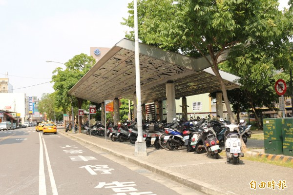 斗六公車轉運站預定地在後斗六火車站,目前的台西客運車站。(記者詹士弘攝)