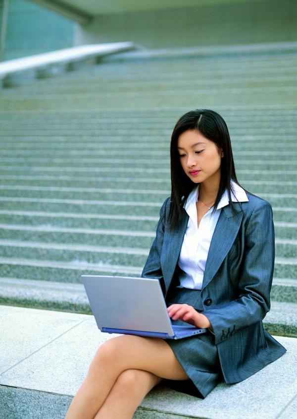雖說職業沒有貴賤之分,但不可否認的是,台灣社會中仍有很多職業是大家特別嚮往的。(情境照,非當事人)