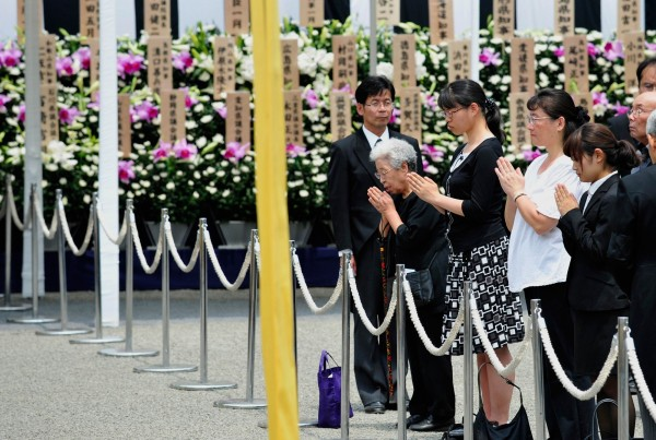 日本喪禮示意圖。近期日本民眾推動自己辦自己喪事以及「歸零死」等行為,讓喪禮可以簡單又環保。(法新社)