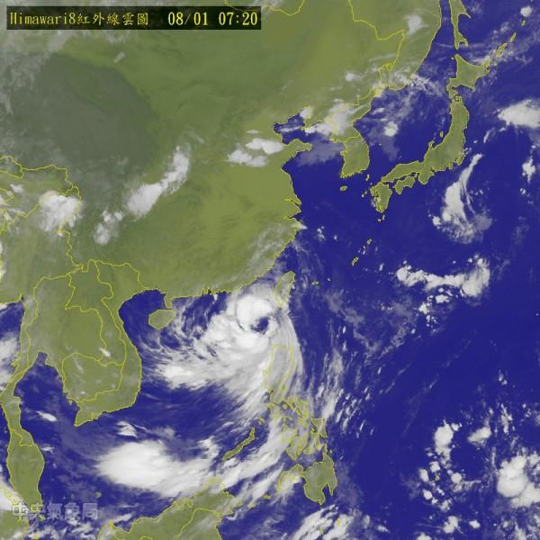氣象局說,預計明天(2日)妮妲颱風預計將從廣東登陸。(圖片取自氣象局網站)