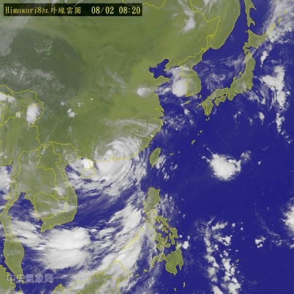 台灣沒有受到今年第4號颱風「妮妲」直接影響。(圖片取自氣象局)